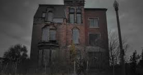 Sự thật đằng sau 10 ngôi nhà ma ám nổi tiếng nhất - Phần 1
