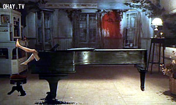 Hausu - Đàn piano,phim kinh dị,ám ảnh kinh hoàng,ma quỷ