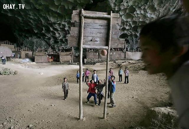 ,hang động,làng Zhongdong