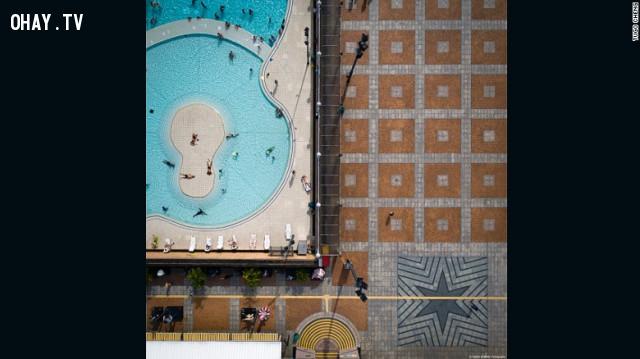 Bể bơi ,hồng không,Tugo Cheng