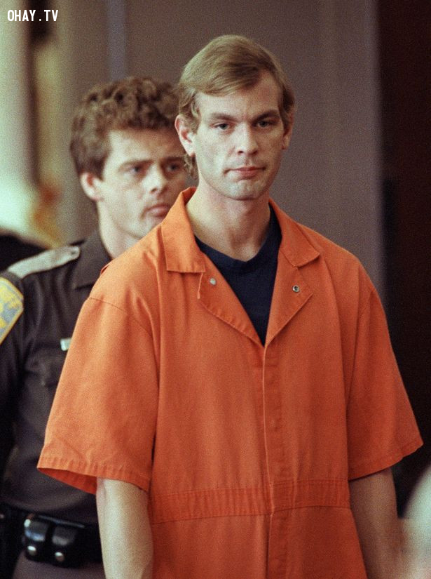 Jeffrey Dahmer, sinh năm 1960,