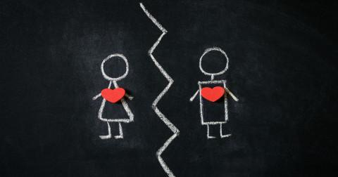 Làm thế nào để đứng dậy sau chia tay