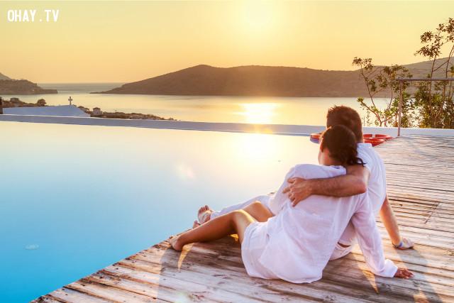 Bạn mơ mộng về những nơi hoặc những ý tưởng lãng mạn?