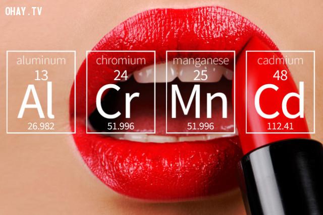 2.     Hàm lượng hoá chất ở mức quy định,son môi