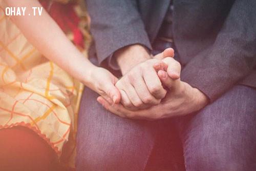 1. Có những mong đợi thực tế và sự lãng mạn trong mối quan hệ,xây dựng tình yêu,mark manson