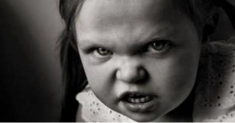 12 câu chuyện của con trẻ gây ám ảnh tháng cô hồn