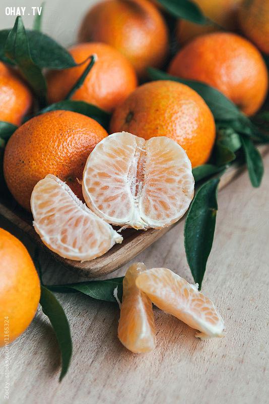 5. Ăn và uống nhiều hoa quả hay nước ép hoa quả,uống đủ nước,sống khỏe