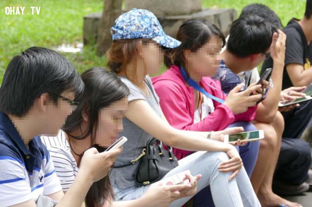 ,sự tiêu cực của mạng xã hội