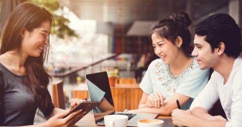 4 cách gây ấn tượng với người khác khi nói chuyện