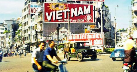 28 kiểu quảng cáo của Sài Gòn xưa