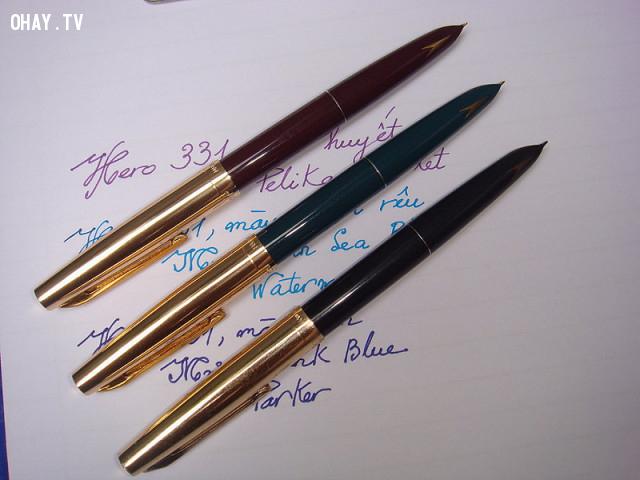11. Bạn đã từng sở hữu chiếc bút này chưa,thế hệ 9x