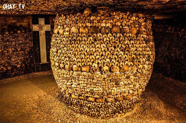 Hầm mộ dưới lòng đất Paris,
