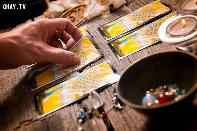 Chọn 1 lá bài tarot để đoán vận mệnh tương lai của bạn