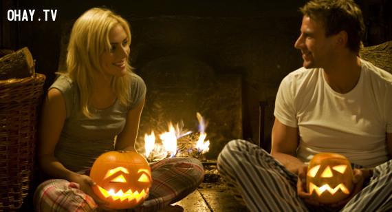 3.Halloween từng là ngày lễ tương tự như Valentine.,