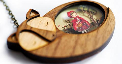 Lạc vào thế giới thần tiên với những món đồ trang sức bằng gỗ diệu kỳ