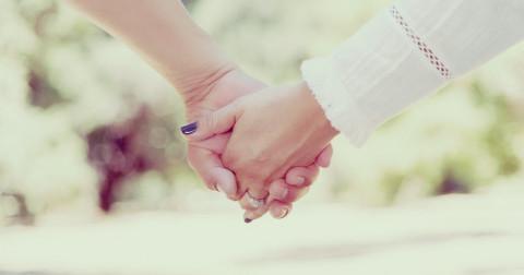 Cách thể hiện tình cảm lãng mạn nhưng không sến