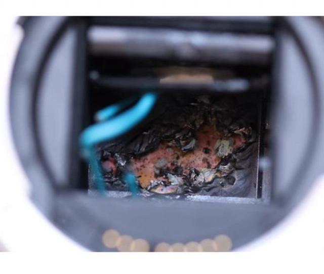 5. Không chĩa thẳng ống kính về phía mặt trời trong thời gian dài,mẹo sử dụng máy ảnh,mẹo công nghệ