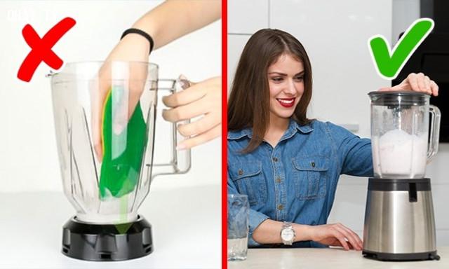 6. Làm sạch máy xay sinh tố,sai lầm thường mắc,việc thường làm sai
