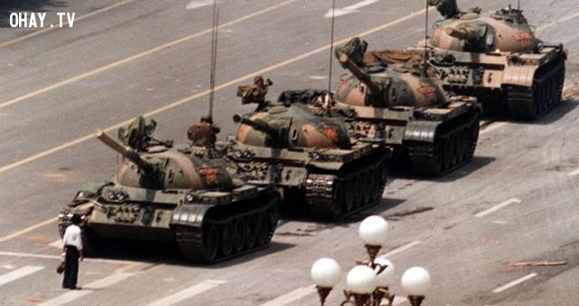 Tank Man (Người chặn xe tăng),bí ẩn chưa có lời giải,nhân vật bí ẩn,những điều thú vị trong cuộc sống