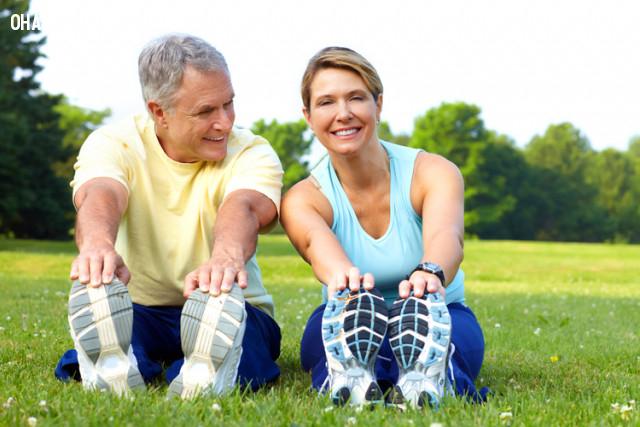 5. Có một người bạn hoặc một nhóm bạn cùng tham gia,tập thể dục,thói quen tốt,sống khỏe