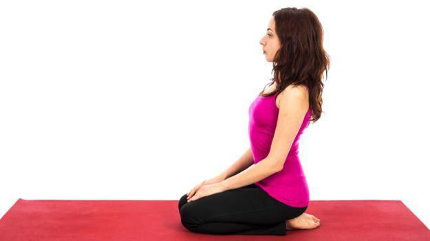3. Tư thế kim cương (Vajrasana),tư thế yoga,động tác yoga,sống khỏe