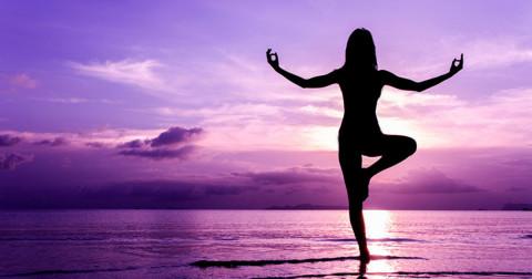5 tư thế yoga đơn giản giúp bạn thư thái mỗi ngày