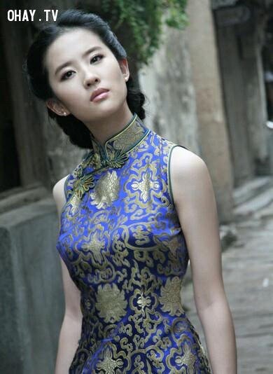 Xường xám - trang phục truyền thống của phụ nữ Trung Quốc ,phụ nữ trung quốc,người trung quốc,những điều thú vị trong cuộc sống