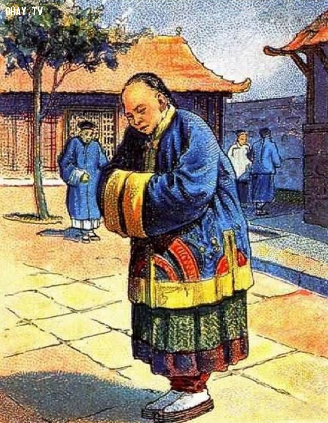 3. Hãy tìm giúp người đàn ông Trung Quốc này chiếc mũ,thử tài tinh mắt