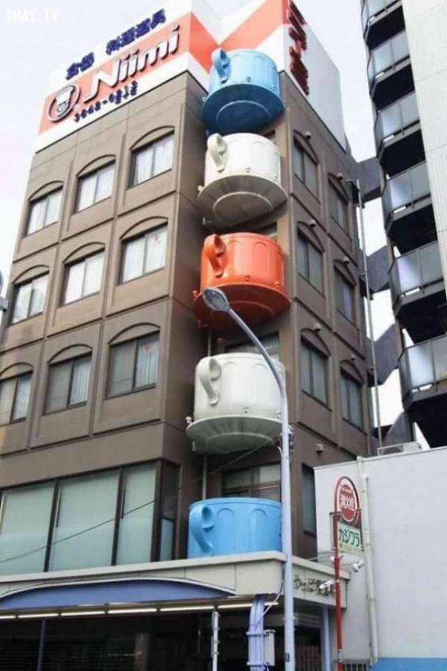 19. Ban công với hình dạng của những cái tách. Một thiết kế kiến trúc luôn được ngưỡng mộ ở Nhật. ,phát minh hữu ích,người nhật bản