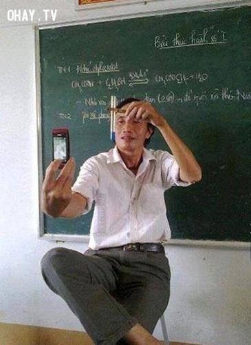 Bức ảnh nổi tiếng cộng đồng mạng về một thầy giáo dạy Hóa người Việt.,giáo viên hài hước,giáo viên tâm lý