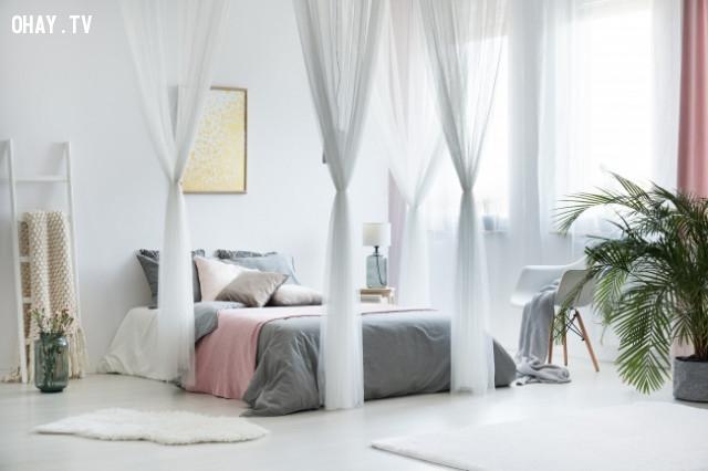 8. Tường trắng,trang trí nhà cửa,sắp xếp đồ đạc