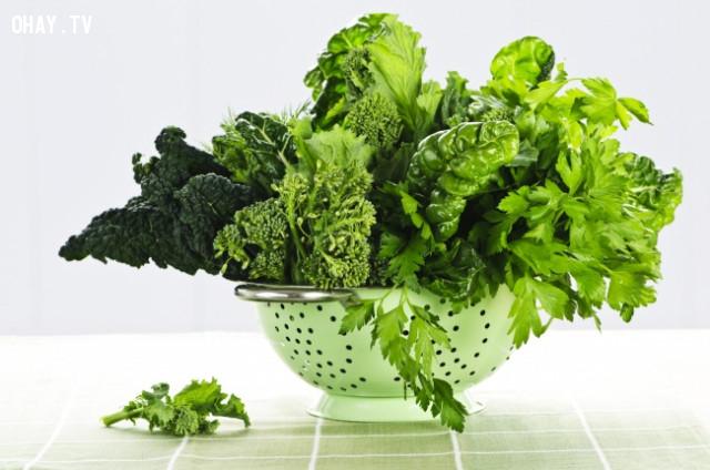 3. Rau cải có màu xanh đậm,thực phẩm tốt cho sức khỏe,thực phẩm tốt cho gan,sống khỏe