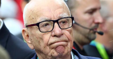 """Rupert Murdoch: Facebook """"vốn dĩ đã không đáng tin cậy"""" và nên trả tiền cho publisher"""