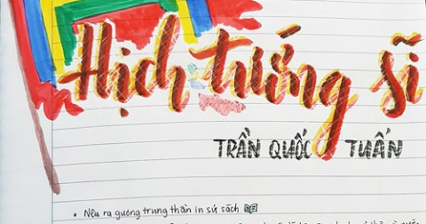 Thích thú với cuốn vở văn đầy màu sắc của nữ sinh lớp 8 ở Sài Gòn