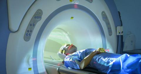 Bệnh nhân tử vong vì kẹt ở máy chụp MRI