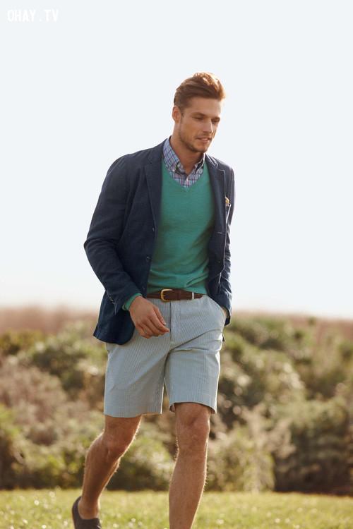 4. Đừng mặc quần short với áo khoác,quy tắc ăn mặc,mẹo thời trang,đàn ông nên biết