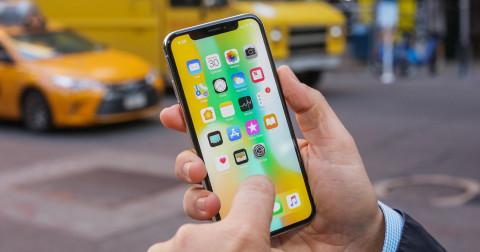Điểm tin công nghệ: Apple cắt giảm sản lượng iPhoneX, Facebook cấm quảng cáo liên quan đến tiền ảo...