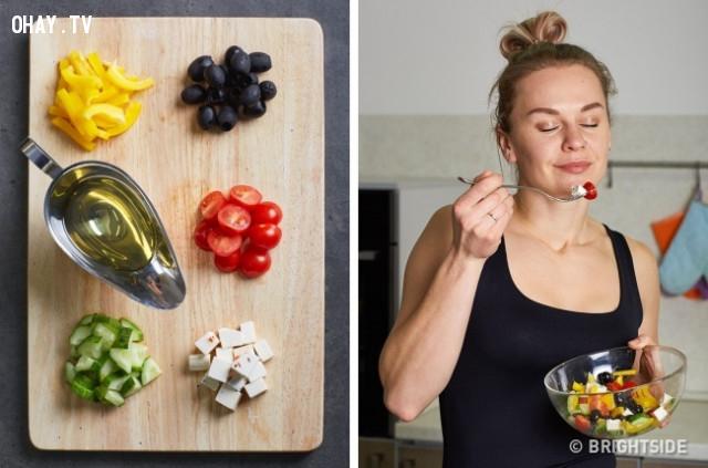 Mua đầy đủ các nguyên liệu cho một món ăn bạn muốn nấu,giải tỏa căng thẳng,giảm stress