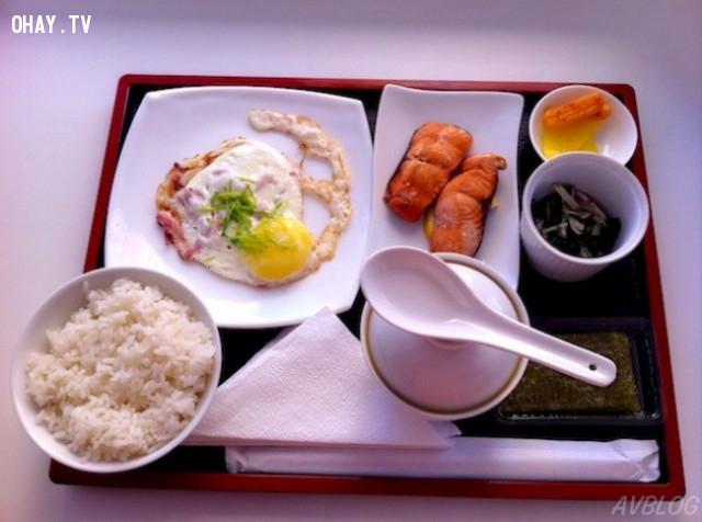 5. Bữa sáng là bữa chính trong ngày,người Nhật,cách giữ dáng,ẩm thực Nhật Bản,chế độ ăn uống