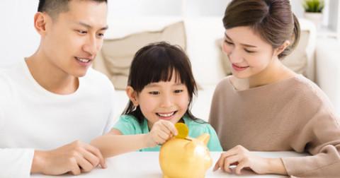 Những mẹo hay để dạy con trẻ biết cách sử dụng tiền hợp lý