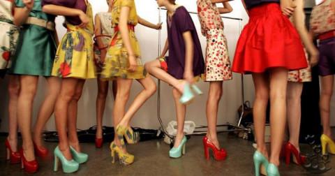 Cách phối màu giày và quần áo chuyên nghiệp như người mẫu