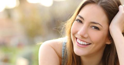 Làm sao để có một hàm răng trắng sáng rạng ngời?