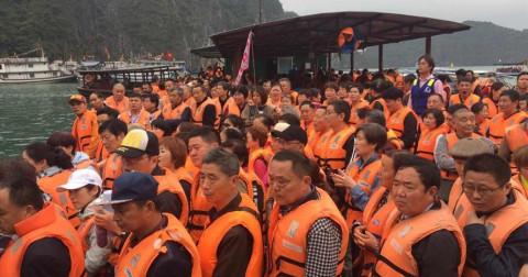 Hạ Long kẹt cứng vì khách du lịch '0 đồng' Trung Quốc