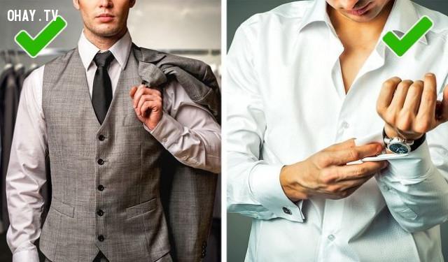 10. Nên cài hết nút áo,mẹo thời trang