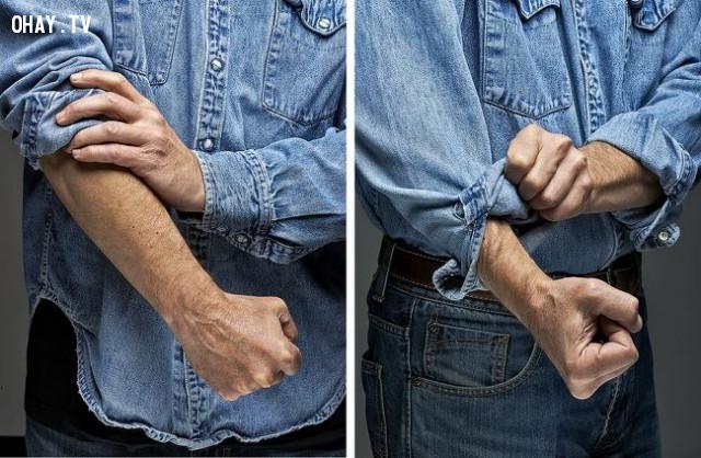 2. Cách xắn tay áo thể hiện phong cách,mẹo thời trang
