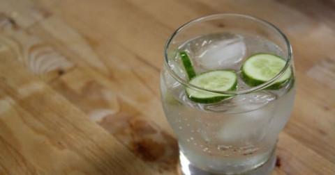 15 thức uống hảo hạng nhất thế giới: Loại nước mà ngày nào ta cũng dùng bất ngờ nằm ở vị trí số 1