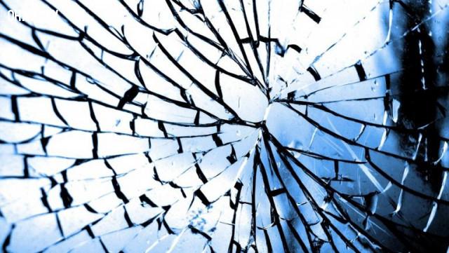 Không làm vỡ gương,thứ 6 ngày 13,ngày xui xẻo,tâm linh