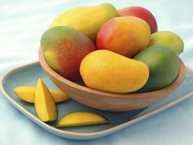 6. Xoài,hoa quả,buổi tối