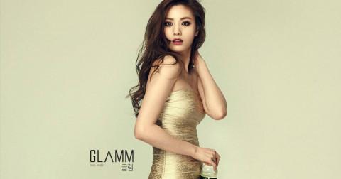 Kiểu váy kén người mặc ở Hàn Quốc theo chủ nghĩa hoàn hảo