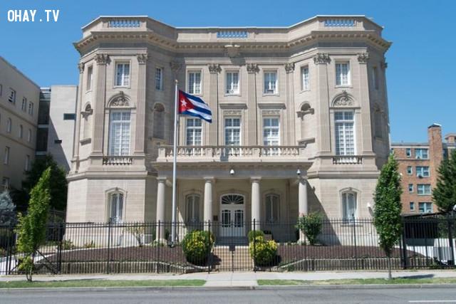 2. Đăng kí với đại sứ quán Việt Nam ở quốc gia mà bạn tới,mẹo du lịch,du lịch nước ngoài,du lịch dài ngày
